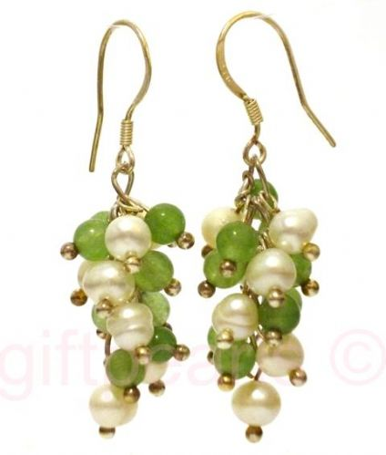 Pearls and jade cluster ear-rings on silver hooks